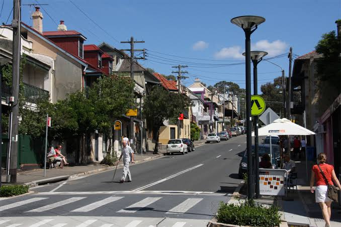 Looking for a place to work in Balmain?